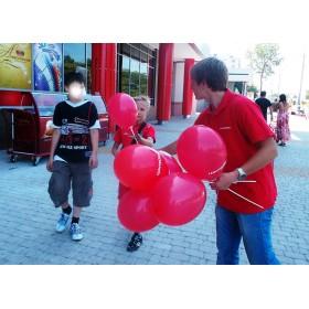 Надув и раздача воздушных шаров с логотипом
