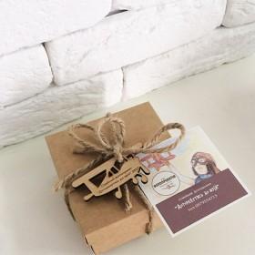Сувенирная упаковка подарков и билеты